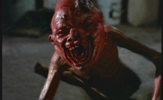 The X-Files Season 2 Episode 20 - Humbug