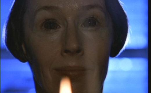 The X-Files Season 2 Episode 14 - Die Hand Die Verletzt