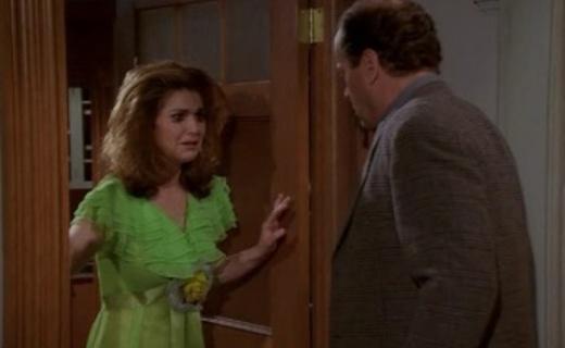 Frasier Season 3 Episode 22 - Frasier Loves Roz