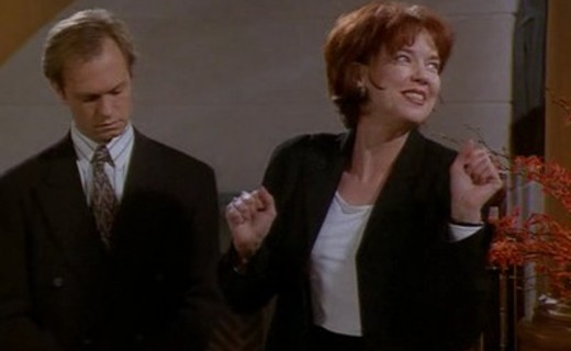 Frasier Season 3 Episode 21 - Where There's Smoke, There's Fired