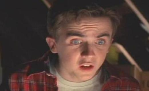 Malcolm in the Middle Season 4 Episode 12 - Kicked Out