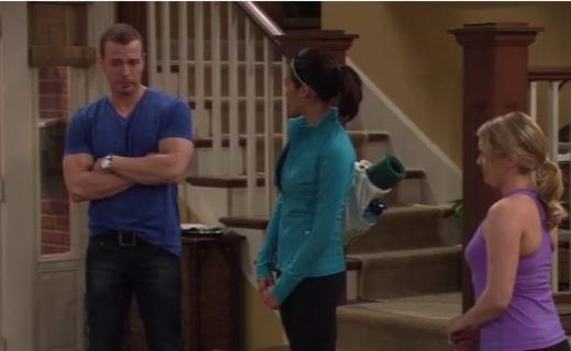 Melissa & Joey Season 1 Episode 14 - Don't Train on My Parade