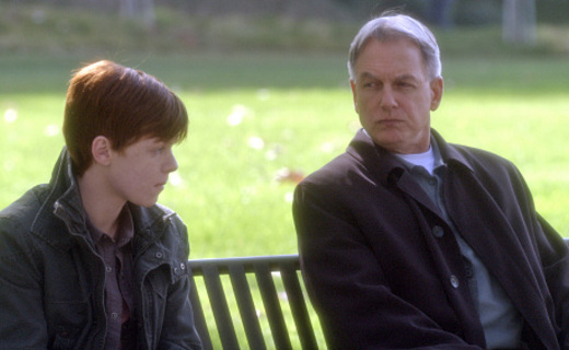 NCIS Season 8 Episode 18 - Out of the Frying Pan ...
