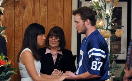 Parks and Recreation Season 3 Episode 9 - Fancy Party