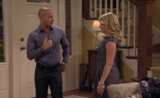Melissa & Joey Season 1 Episode 13 - Enemies With Benefits