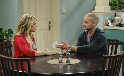 Melissa & Joey Season 1 Episode 16 - Joe Versus the Reunion