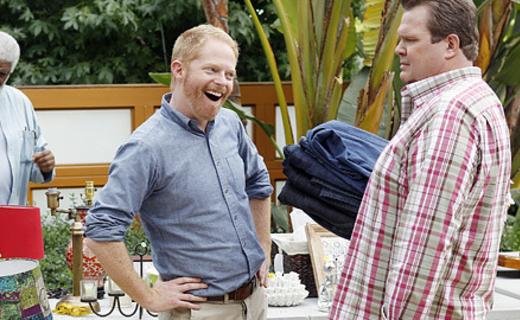 Modern Family Season 4 Episode 6 - Yard Sale