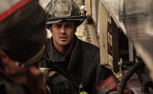 Chicago Fire Season 1 Episode 8 - Leaving the Station
