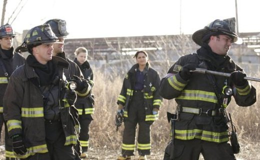 Chicago Fire Season 1 Episode 12 - Under the Knife