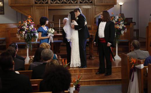 Raising Hope Season 3 Episode 14 - Modern Wedding