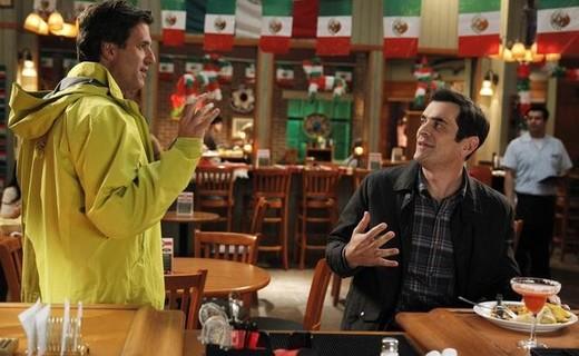 Modern Family Season 4 Episode 17 - Best Men