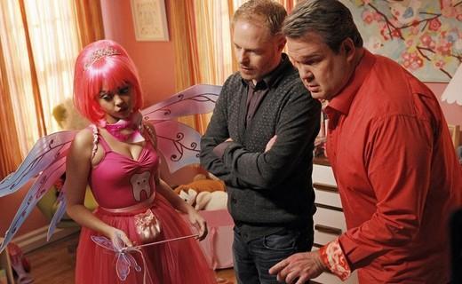 Modern Family Season 4 Episode 21 - Career Day