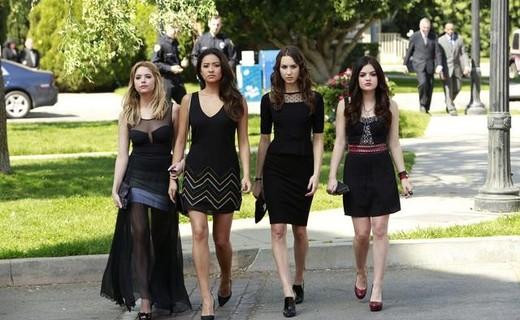 Pretty Little Liars Season 4 Episode 1 - A is for A-l-i-v-e