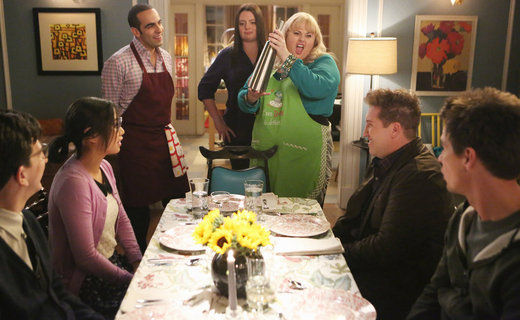 Super Fun Night Season 1 Episode 11 - Dinner Party