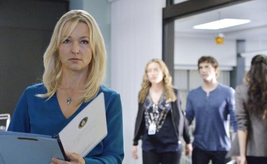 Covert Affairs Season 5 Episode 6 - Embassy Row