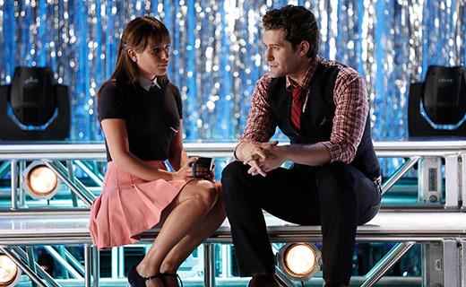 Glee Season 6 Episode 1 - Loser Like Me