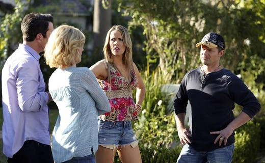 Modern Family Season 6 Episode 12 - The Big Guns