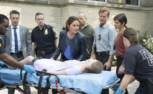 Law & Order: Special Victims Unit Season 17 Episode 5 - Community Policing