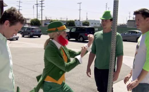 It's Always Sunny in Philadelphia Season 11 Episode 8 - Charlie Catches a Leprechaun