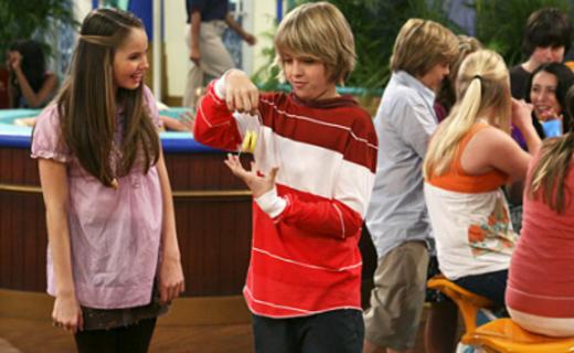 """The Suite Life On Deck Season 1 Episode 3 - Broke """"N'' YO YO"""