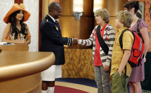 The Suite Life On Deck Season 1 Episode 1 - The Suite Life Sets Sail