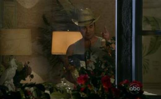 Cougar Town Season 1 Episode 21 - Letting You Go
