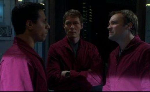 Stargate Atlantis Season 1 Episode 19 - Siege (1)