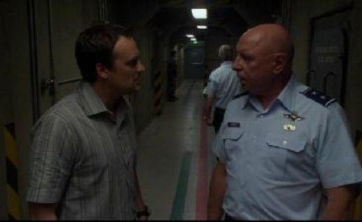 Stargate Atlantis Season 1 Episode 9 - Home