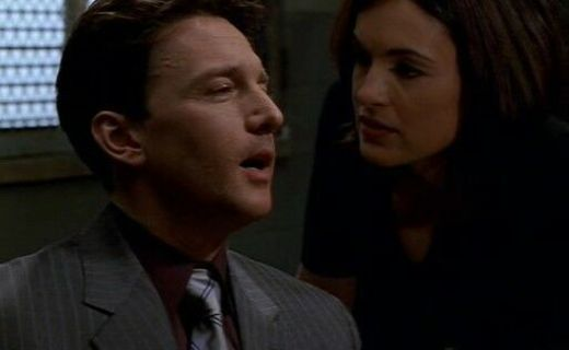 Law & Order: Special Victims Unit Season 1 Episode 22 - Slaves