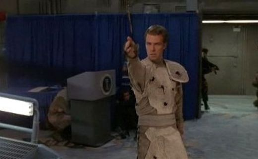 Stargate SG-1 Season 4 Episode 5 - Divide and Conquer