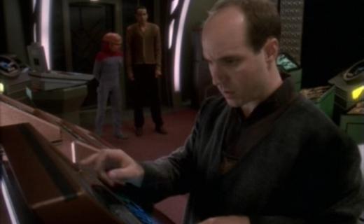 Star Trek: Deep Space Nine Season 5 Episode 25 - In the Cards