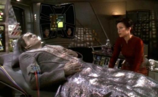 Star Trek: Deep Space Nine Season 5 Episode 19 - Ties of Blood and Water