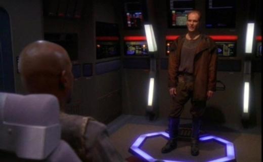 Star Trek: Deep Space Nine Season 5 Episode 13 - For the Uniform