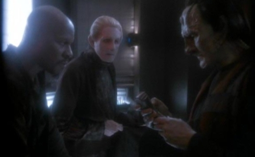Star Trek: Deep Space Nine Season 5 Episode 8 - Things Past