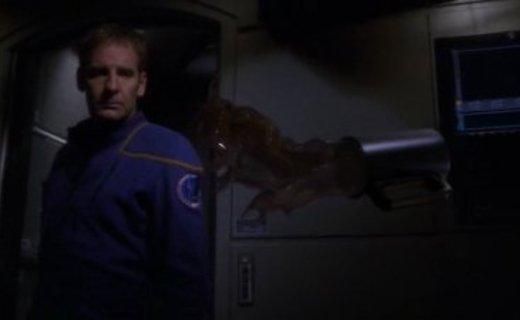 Star Trek: Enterprise Season 3 Episode 2 - Anomaly